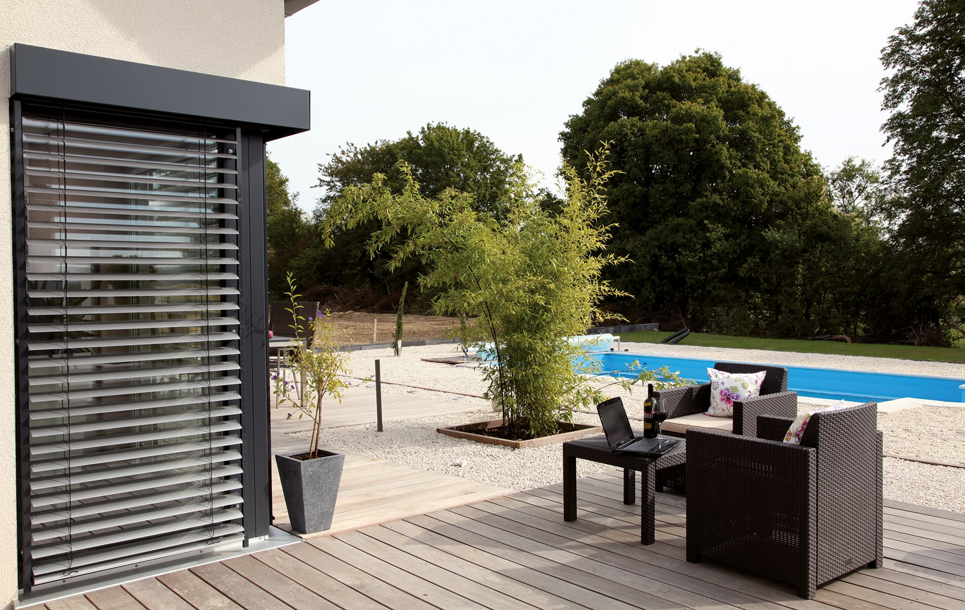 VIO - Terrasse mit Pool