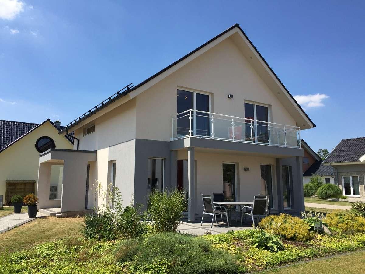 Living Haus Schlüsselfertig Preis : living haus musterhaus hessdorf ~ Sanjose-hotels-ca.com Haus und Dekorationen