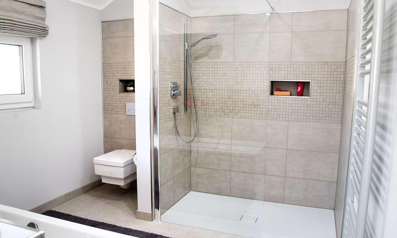 Schwabenhaus Musterhaus Badezimmer
