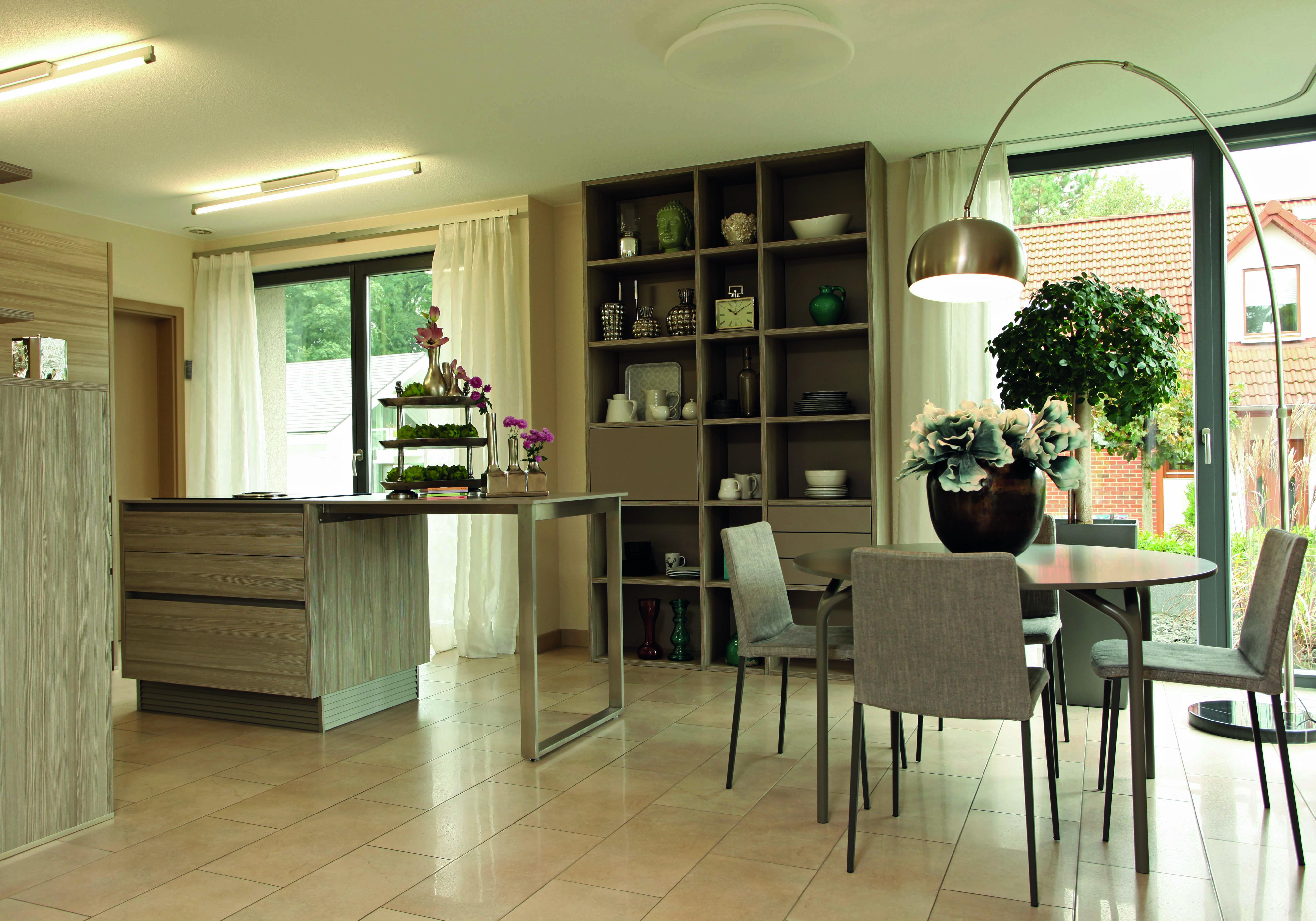 BRAVUR 550 - Frankfurt - Essbereich und Küche