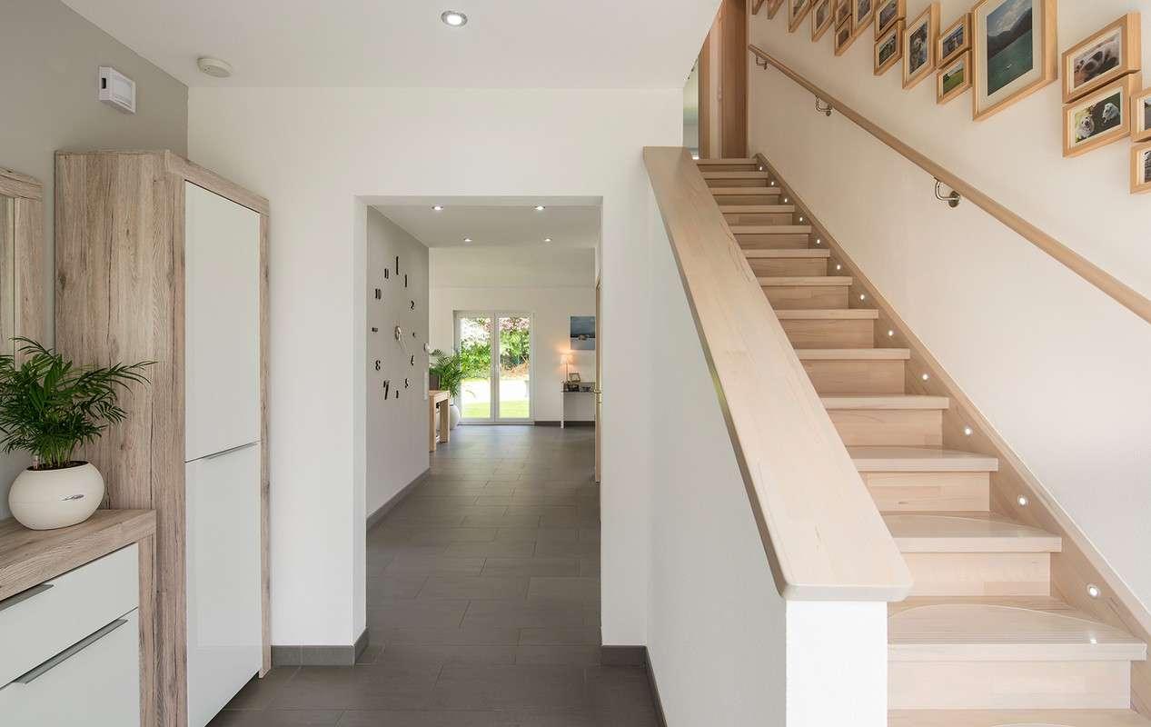 zweiholmtreppe mit setzstufen zweiholmtreppe mit setzstufen 2018 kahunasecrets fingerhaus. Black Bedroom Furniture Sets. Home Design Ideas