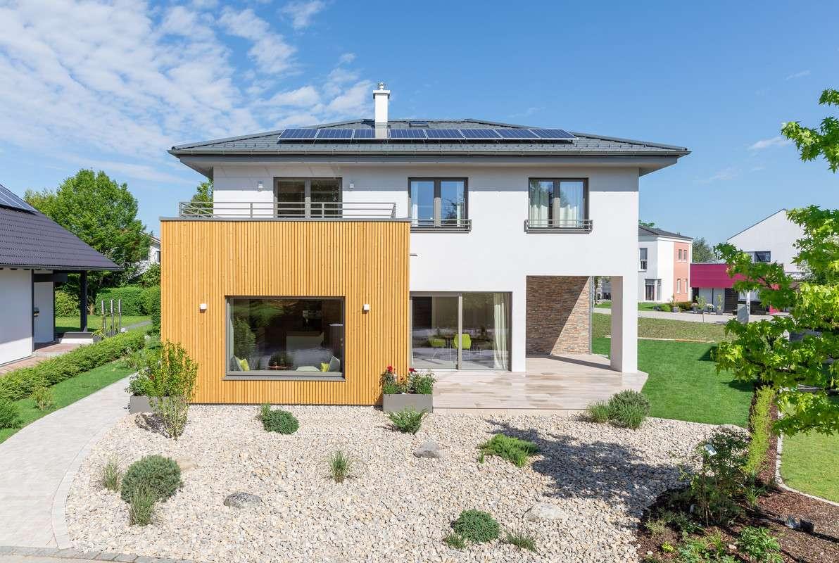 Ein Holzhaus kaufen und nachhaltig leben - Ratgeber - Magazin ...
