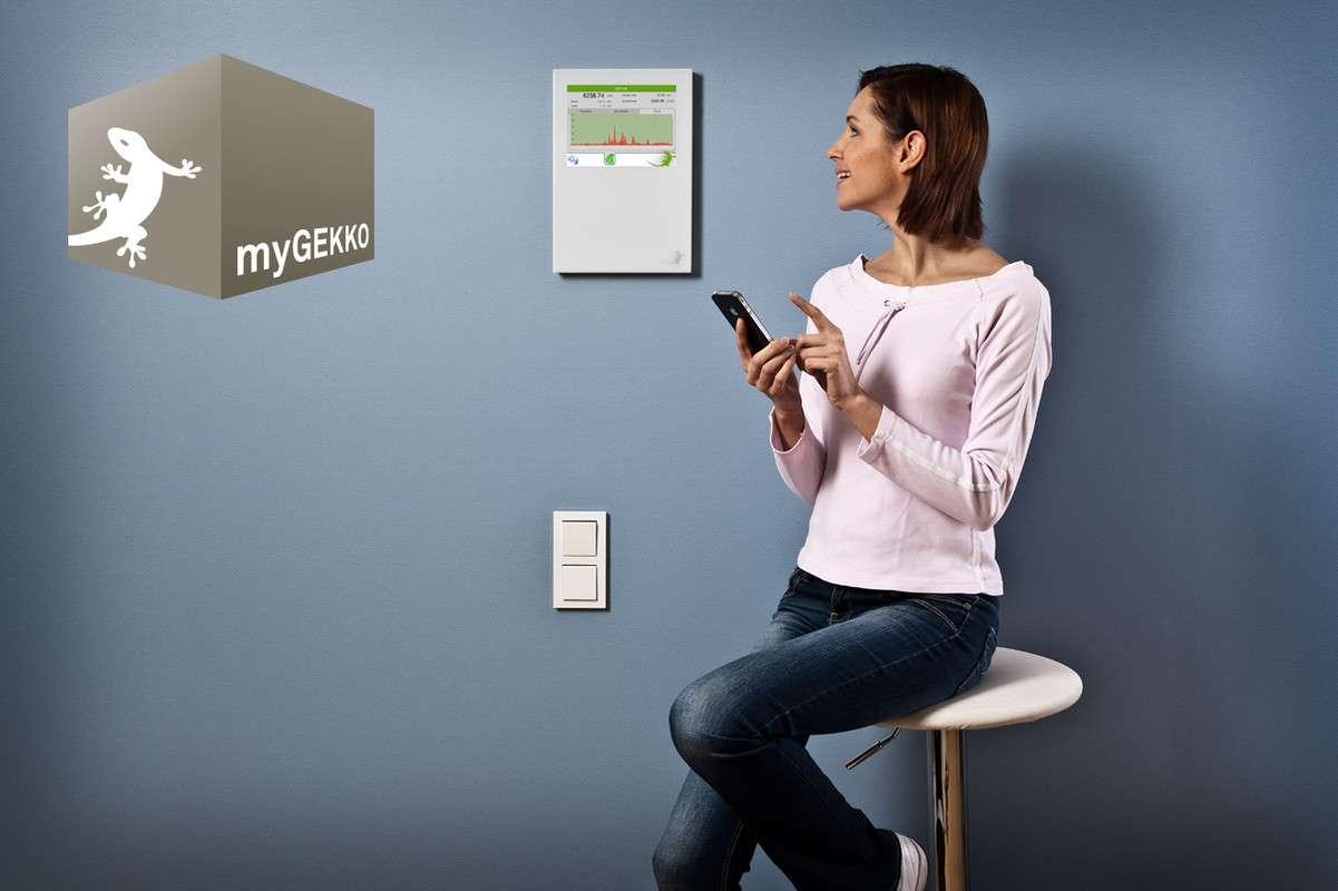 Jedes OKAL-Haus ist mit dem intelligenten Gebäudemanagement-System myGEKKO 2.0 ausgestattet.