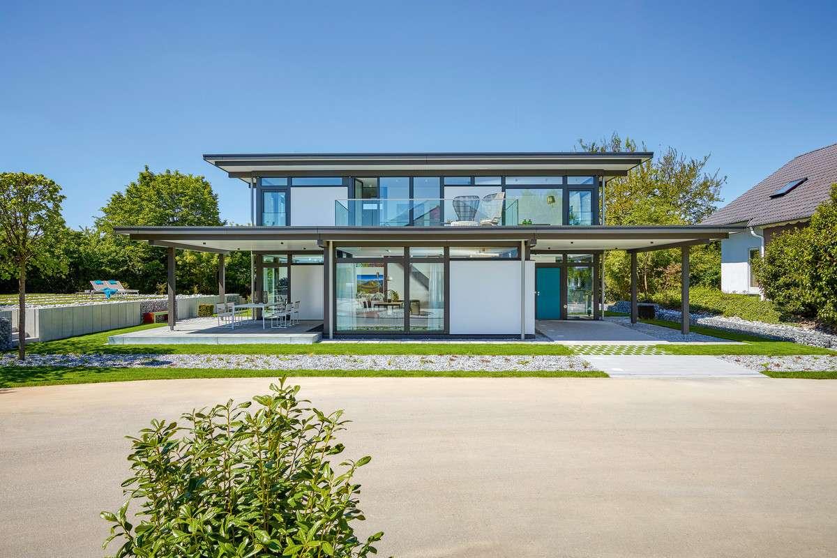 <p><strong>Grüne Aussichten – Wohntraum aus Holz und Glas</strong></p>