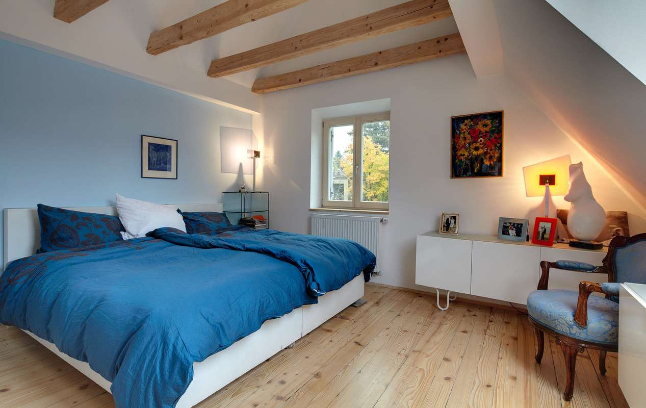 Schlafzimmer in angenhemen Blautönen