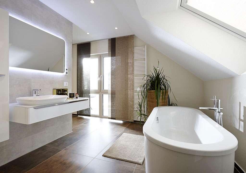 NEO - Bad Vilbel - helles und großes Badezimmer