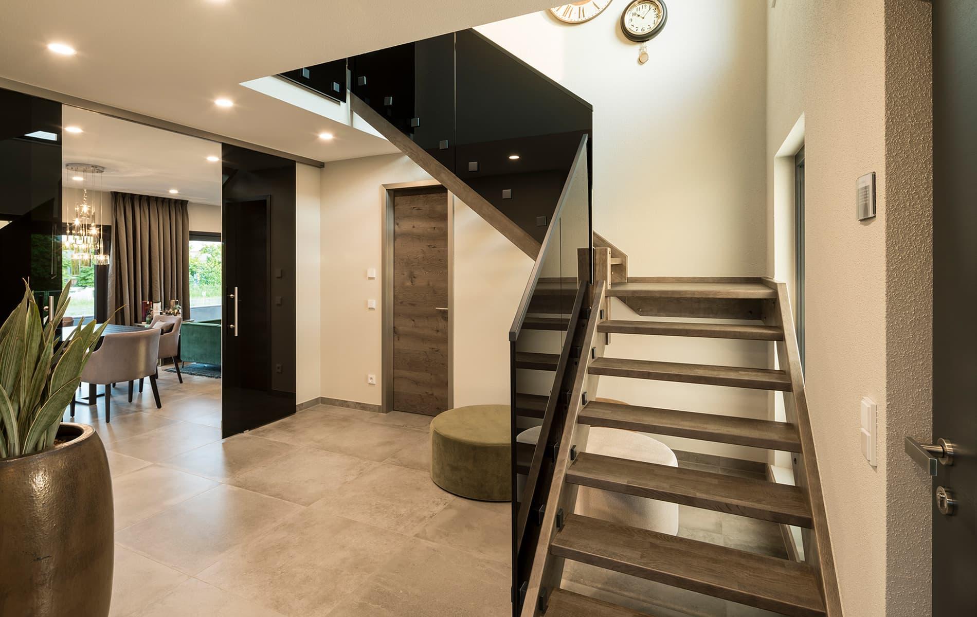 fingerhaus musterhaus gie en maxim. Black Bedroom Furniture Sets. Home Design Ideas