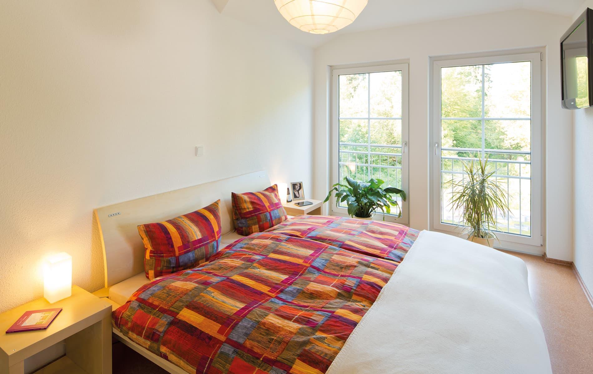 VIO 300 - helles und gemütliches Schlafzimmer