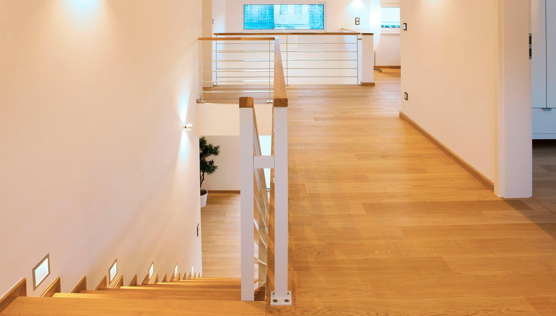 Musterhaus Ulm - Treppe und Galerie