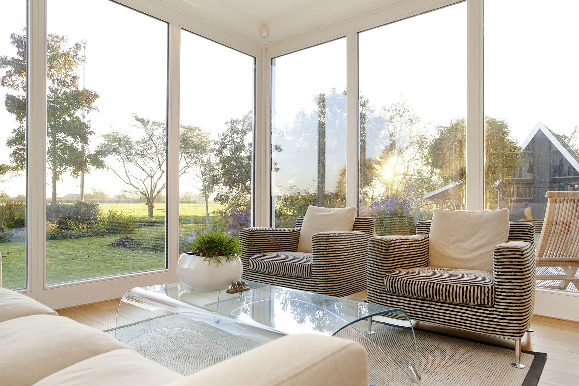 gr ne oase im haus ideen f r den wintergarten. Black Bedroom Furniture Sets. Home Design Ideas