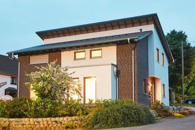 "GUSSEK HAUS -Einfamilienhaus Modell ""Finkenberg"""