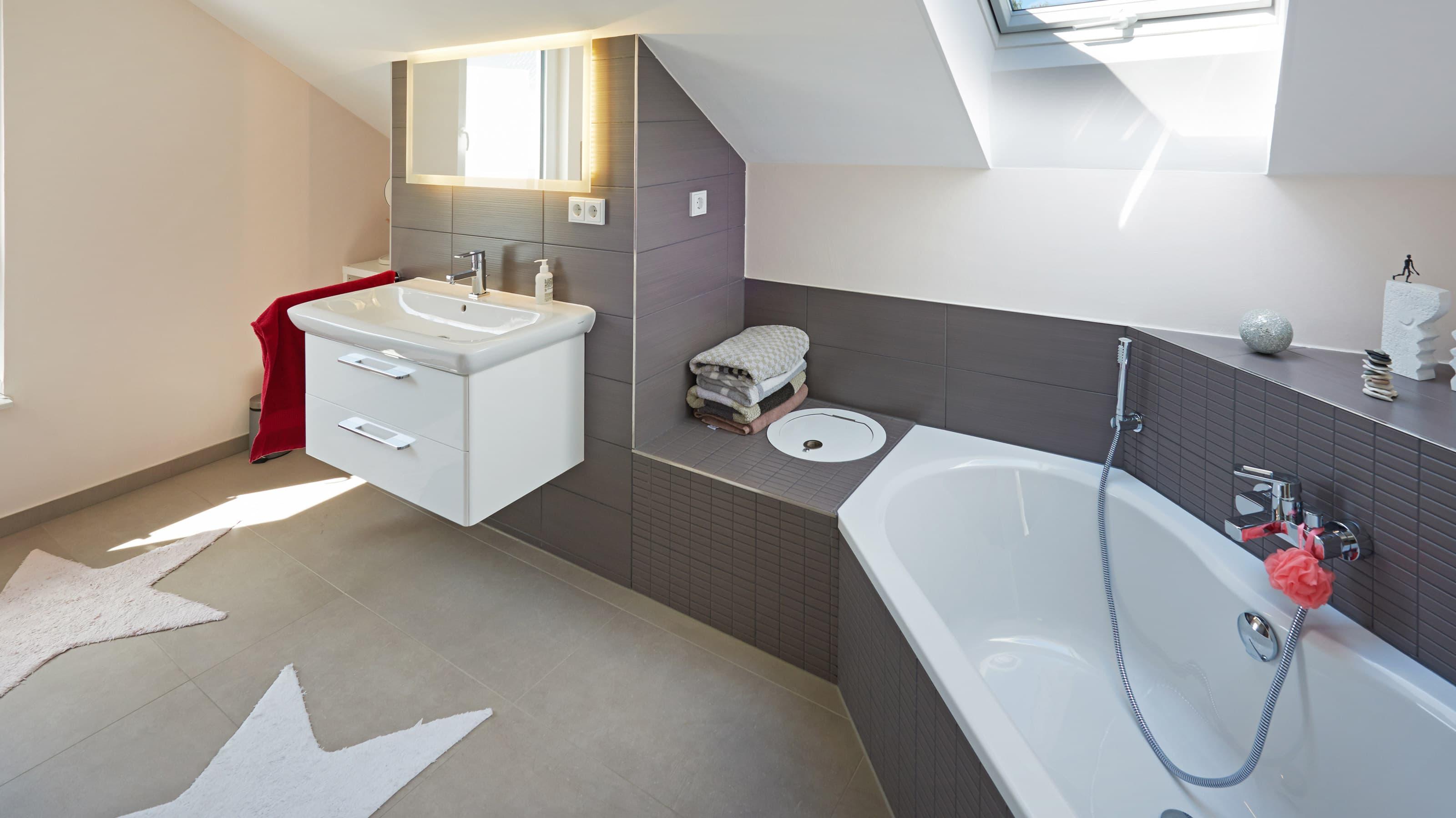 Fingerhut Haus R 100.10 Badezimmer