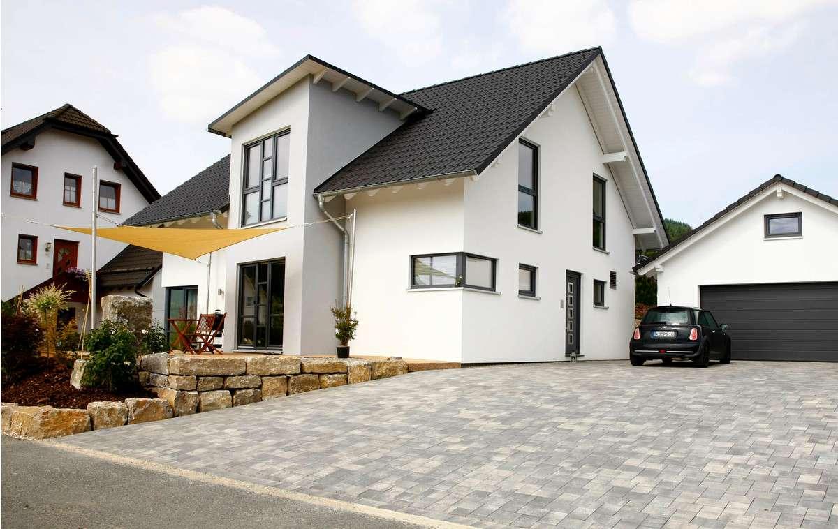 Partner haus einfamilienhaus modern kundenhaus for Einfamilienhaus modern