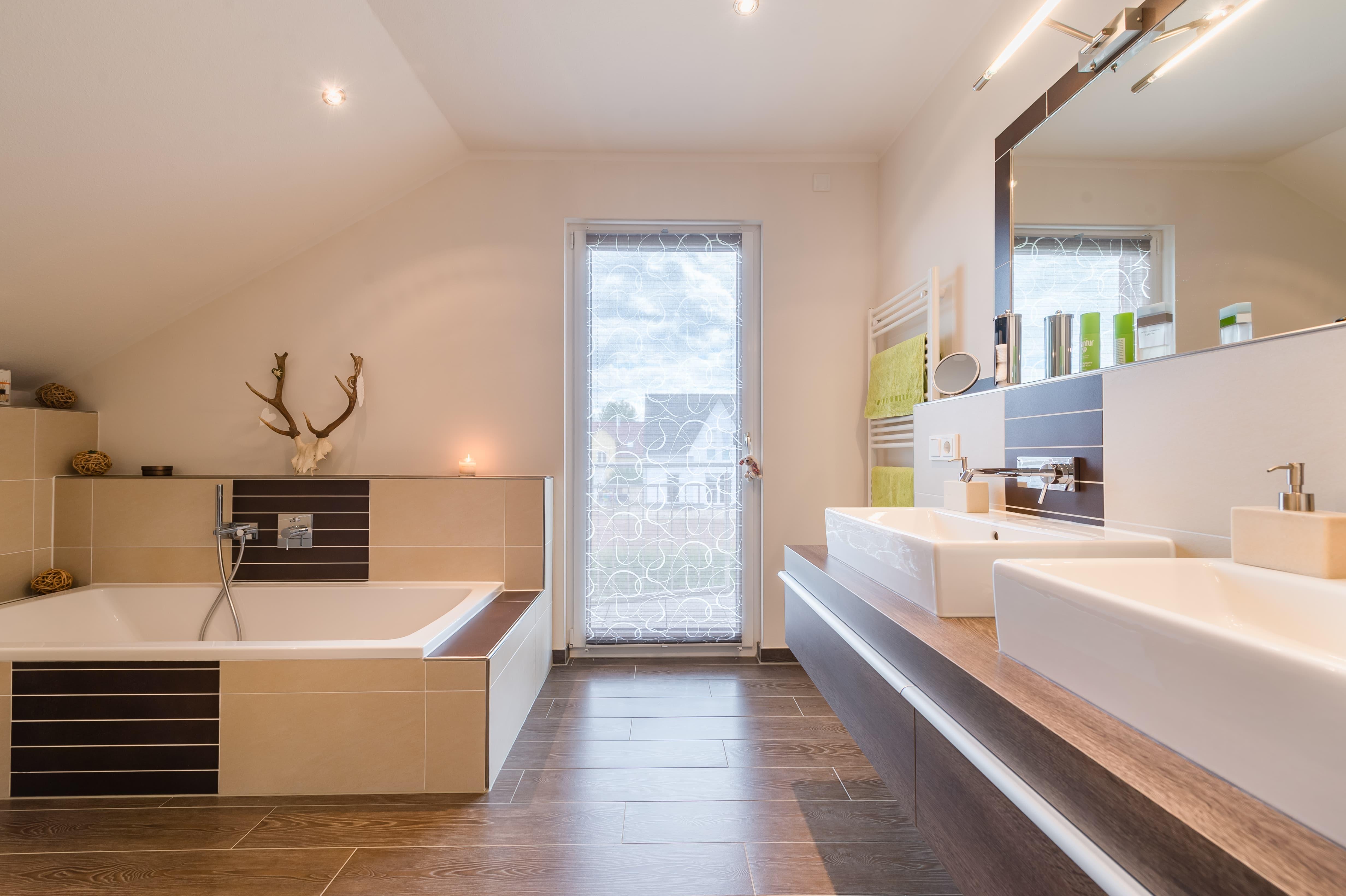 ideen f r das heimische bad. Black Bedroom Furniture Sets. Home Design Ideas