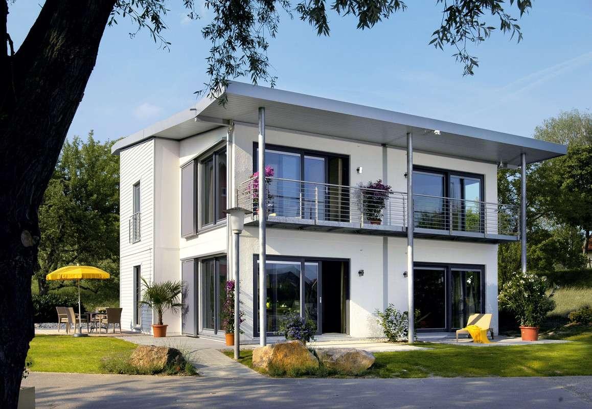 Modernes Einfamilienhaus mit Z-Dach