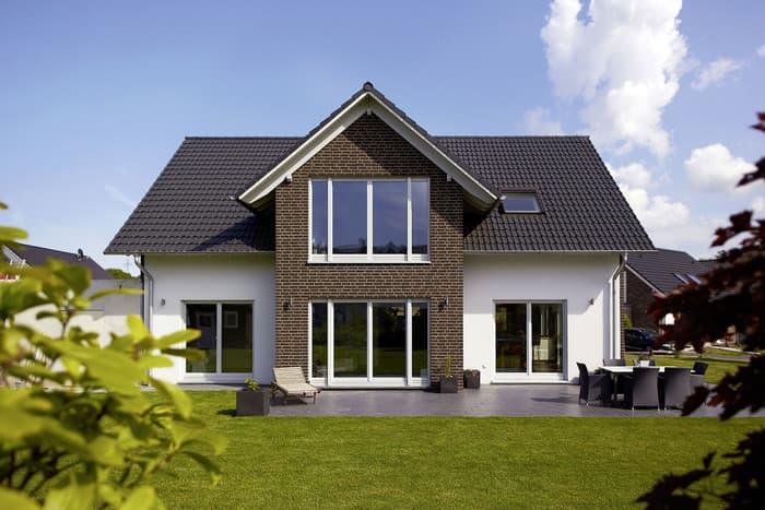 gussek haus luxus bungalow algarve gussek haus franz gussek gmbh co kg anbieter. Black Bedroom Furniture Sets. Home Design Ideas