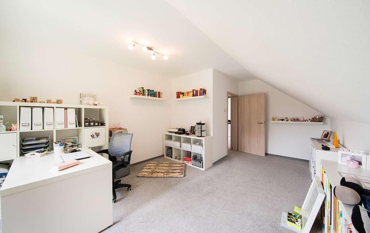 fingerhaus kundenhaus neo 311 fingerhaus anbieter. Black Bedroom Furniture Sets. Home Design Ideas