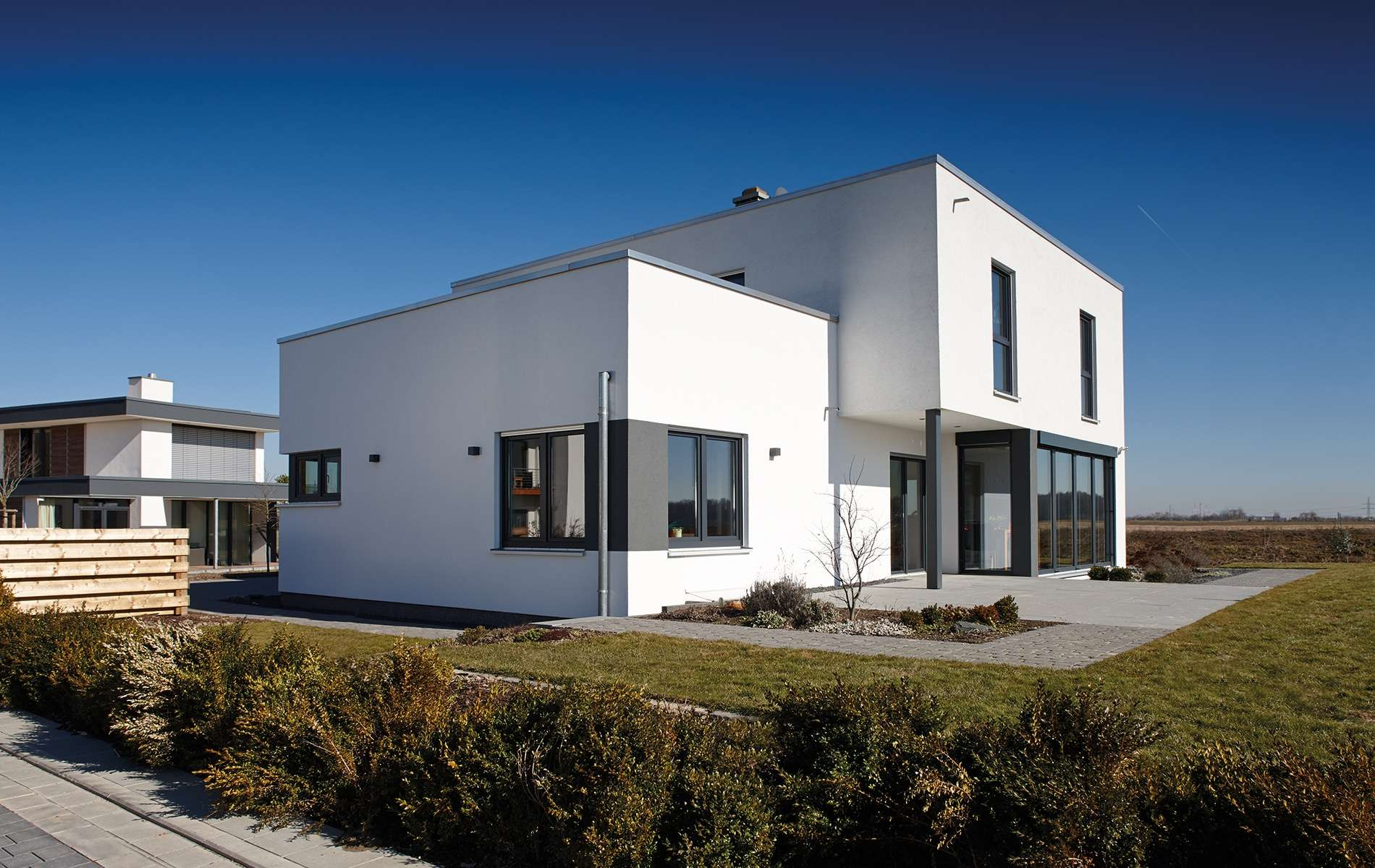 Architektur Trend - Außenansicht mit Terasse