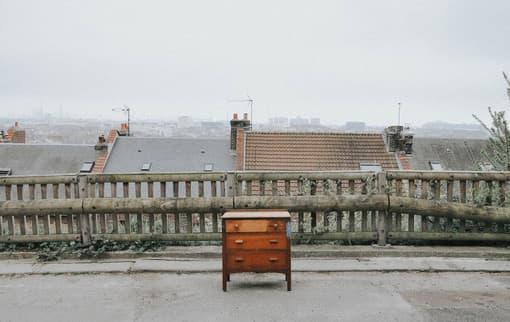 Damit beim Umzug kein Chaos entsteht, sollte man sich im Vorfeld gut überlegen welche Möbel mitnimmt.