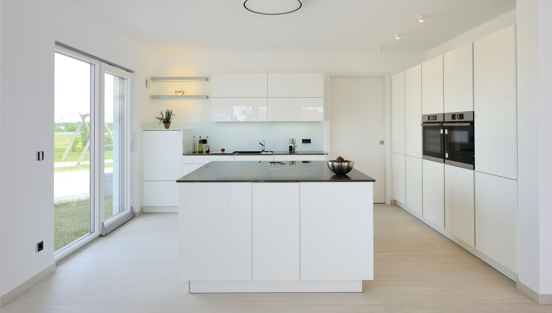 fertighaus weiss plusenergiehaus vita. Black Bedroom Furniture Sets. Home Design Ideas