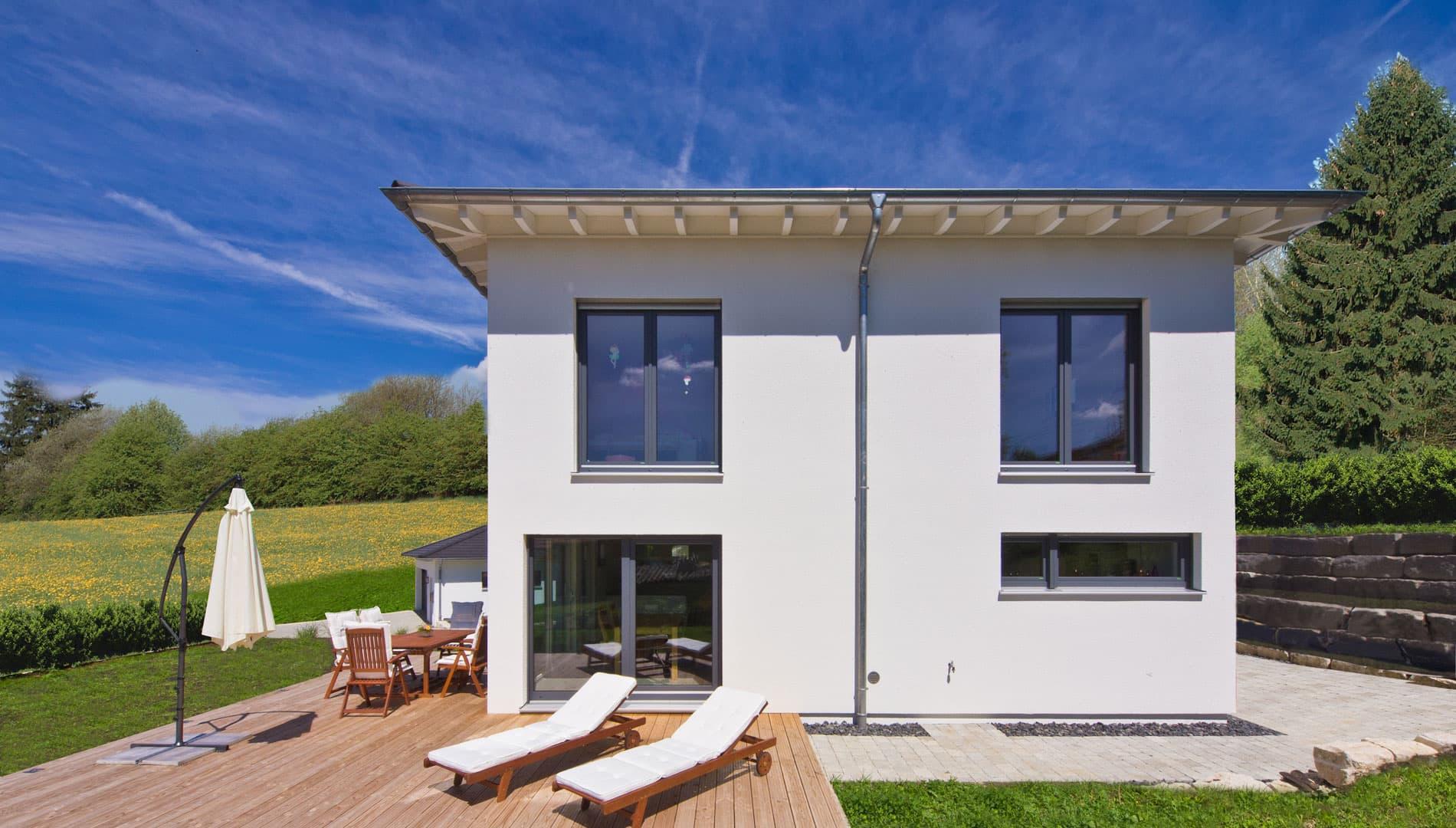 terrasse bauen oder mitsamt haus kaufen. Black Bedroom Furniture Sets. Home Design Ideas