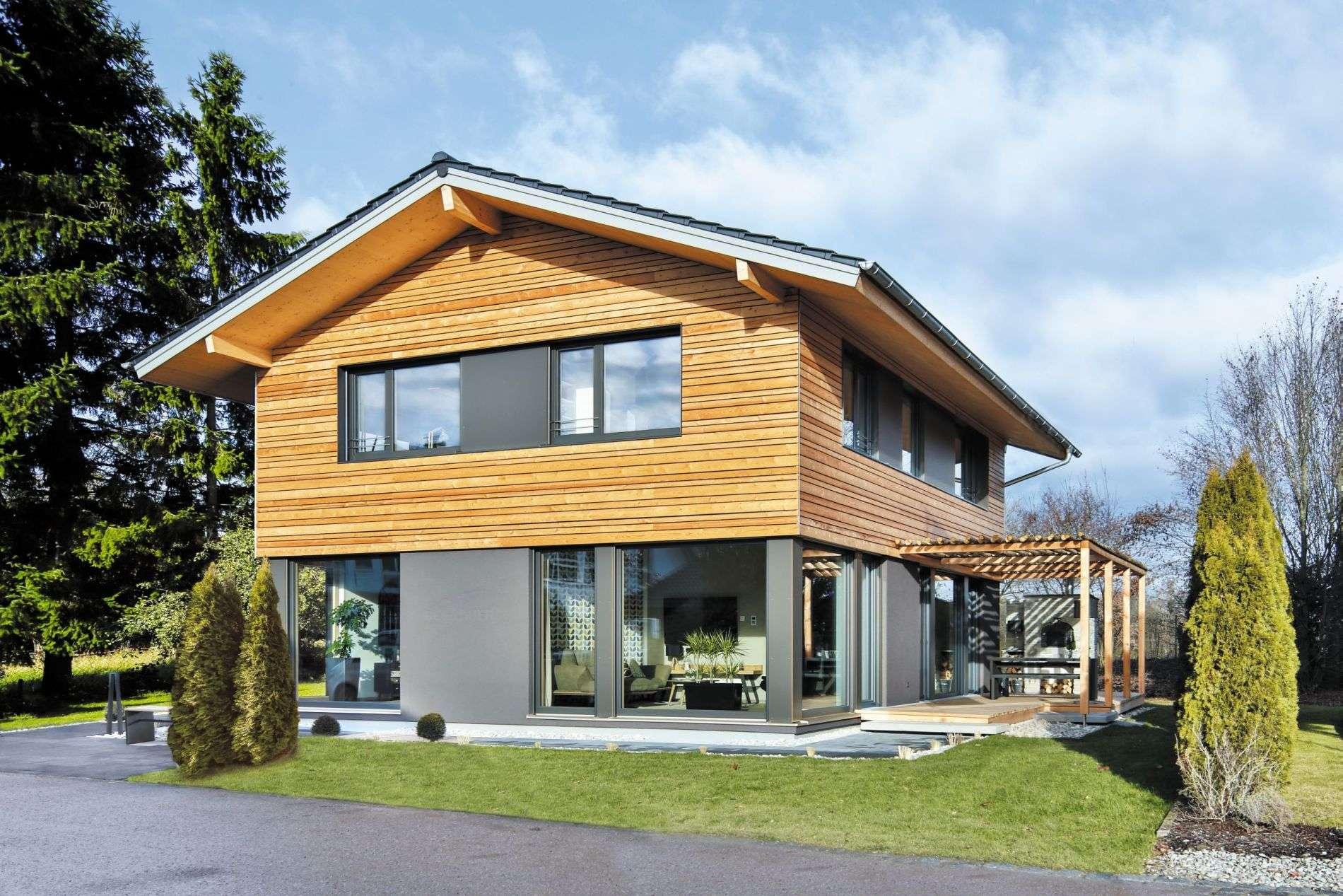 Schlicht, elegant, und gleichzeitig hochmodern:  Das neue Regnauer Musterhaus Heidi.
