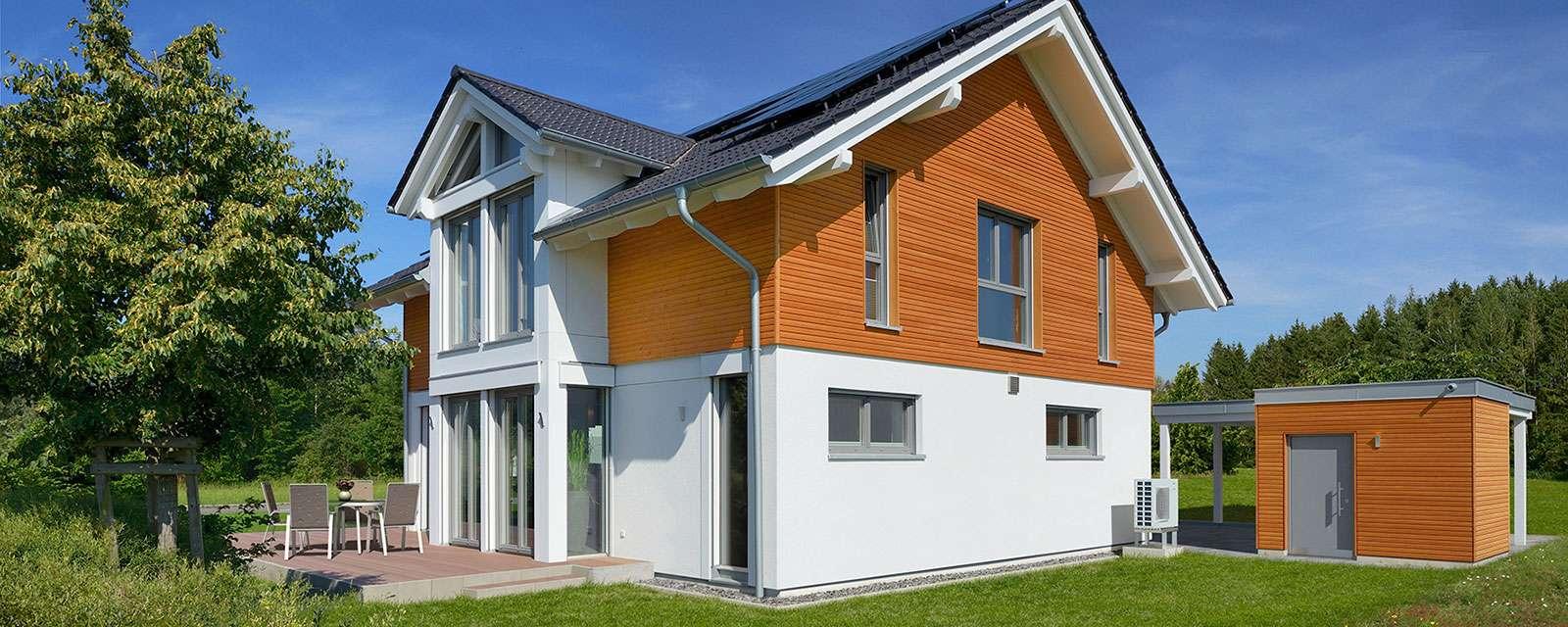 Moderne Holzfassade