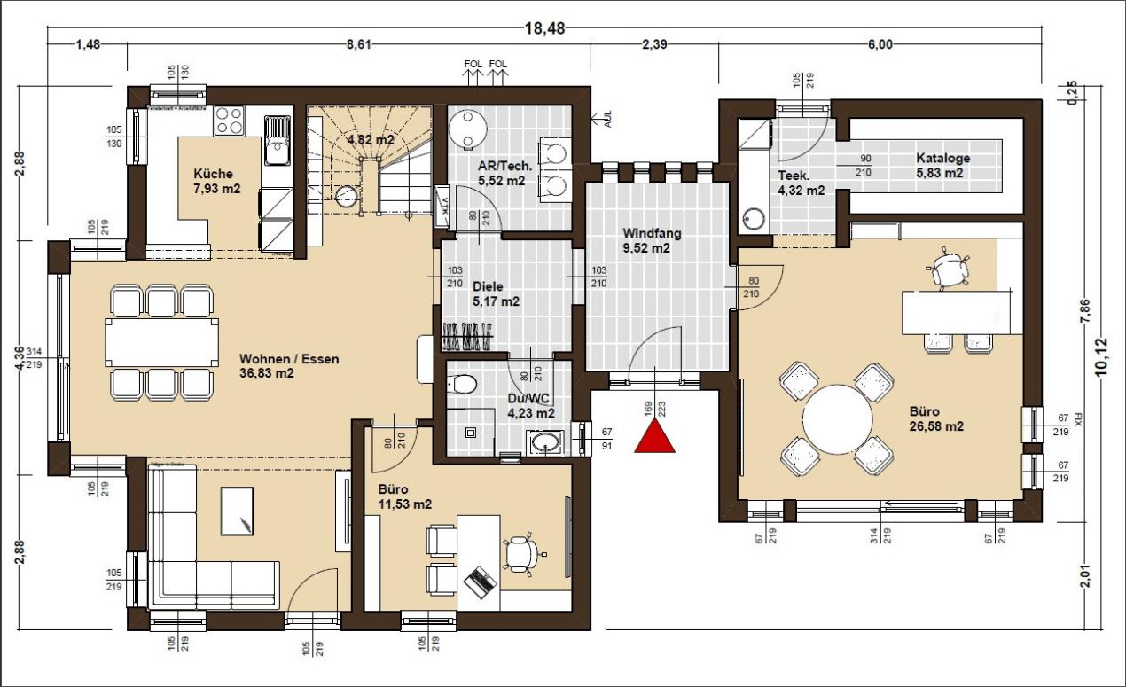 Der Grundriss des ELK Musterhauses Living 148 in Günzburg überzeugt durch zwei getrennte Hausbereiche, die durch einen Windfang verbunden sind.