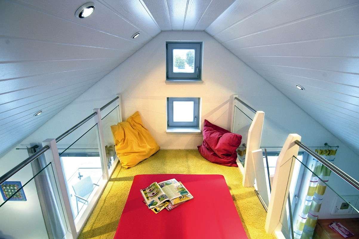 Schlafzimmer direkt unter dem Dach