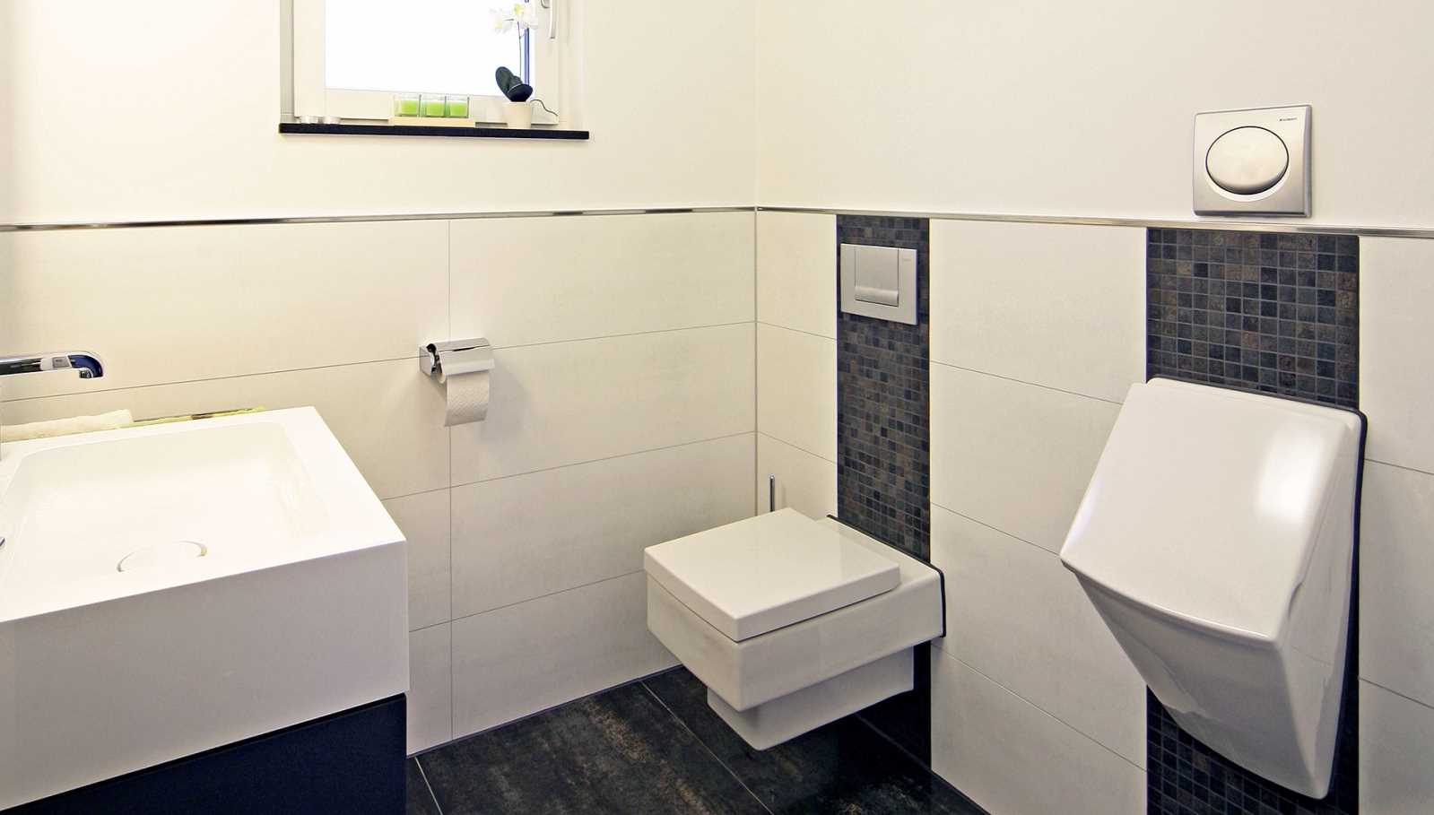 Plusenergiehaus Erlangen - Gäste-WC
