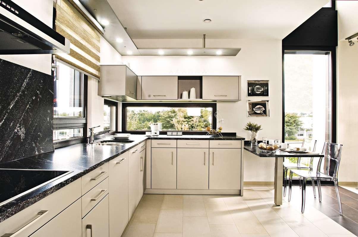 Offene moderne Küche