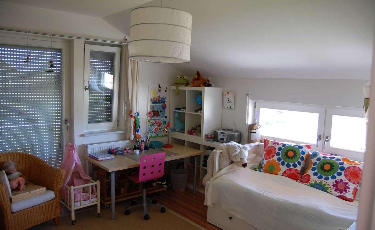 Modernes großzügiges Jugendzimmer