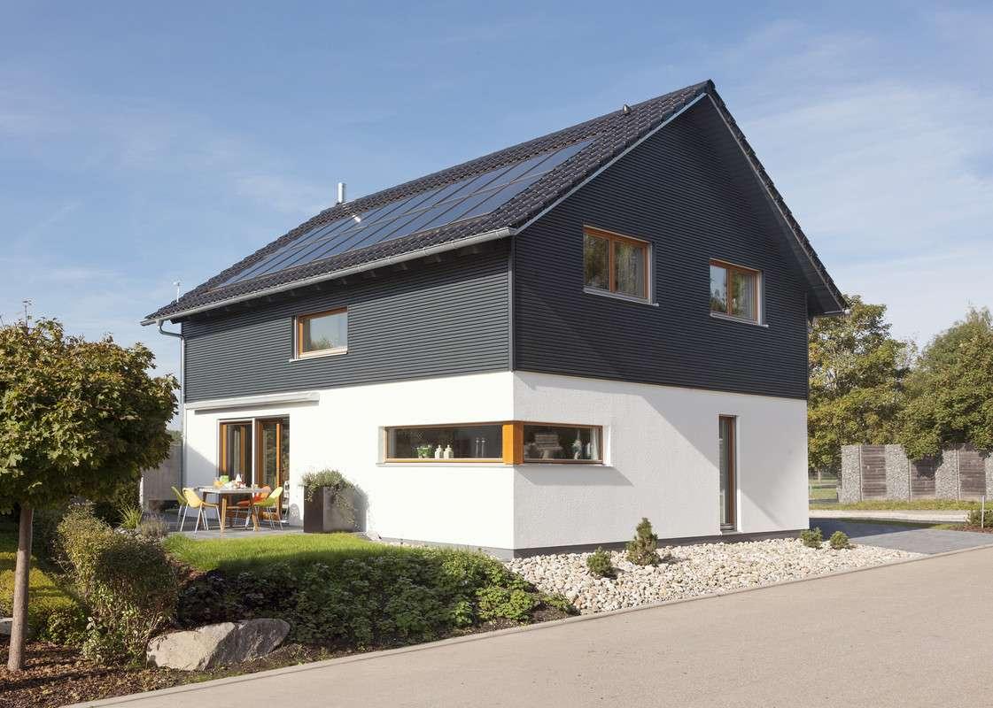 Einfamilienhaus mit Solarzellen