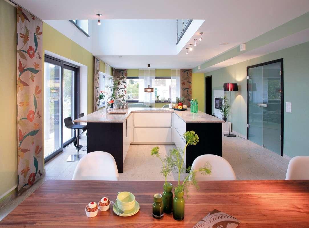 Moderne Kücheninsel in U-Form