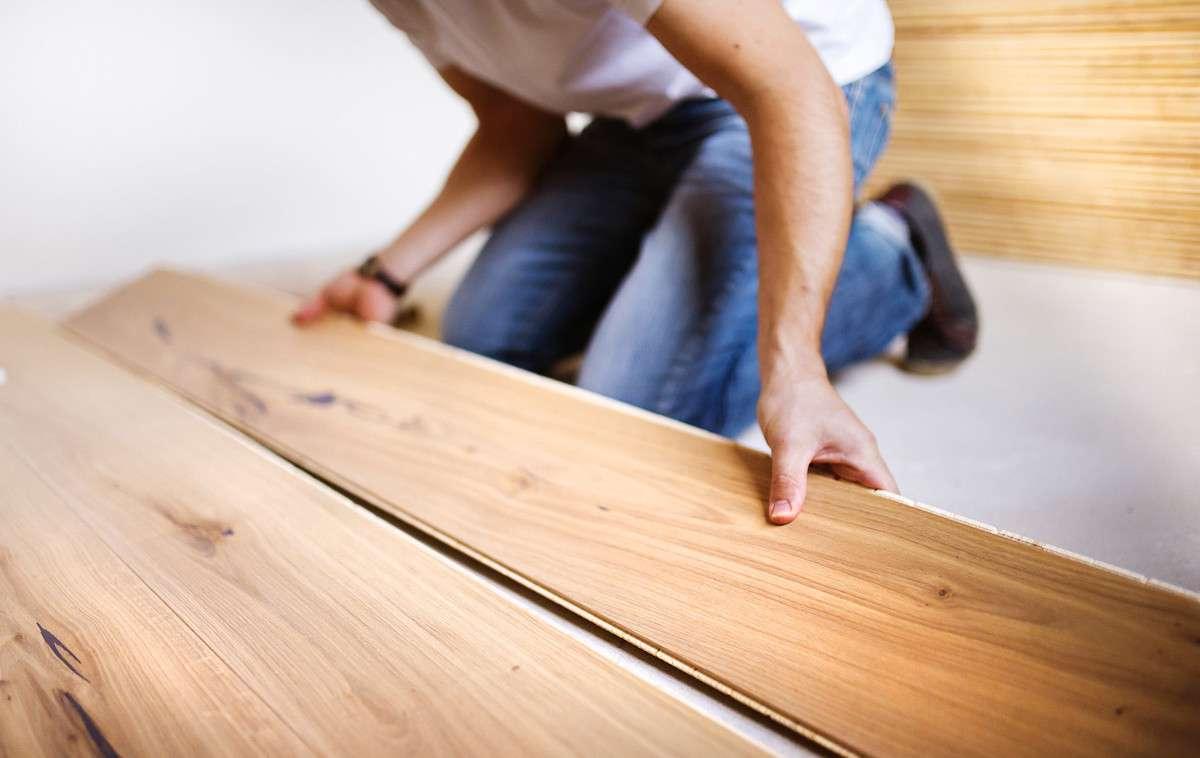 Den Dachboden ausbauen - Mehr Platz im Fertighaus
