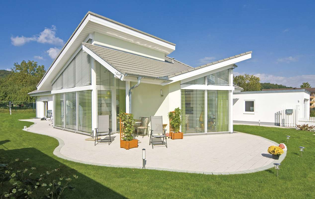 WOLF-HAUS - Viel Komfort für kleine Familien - Wolf-Haus - Anbieter ...