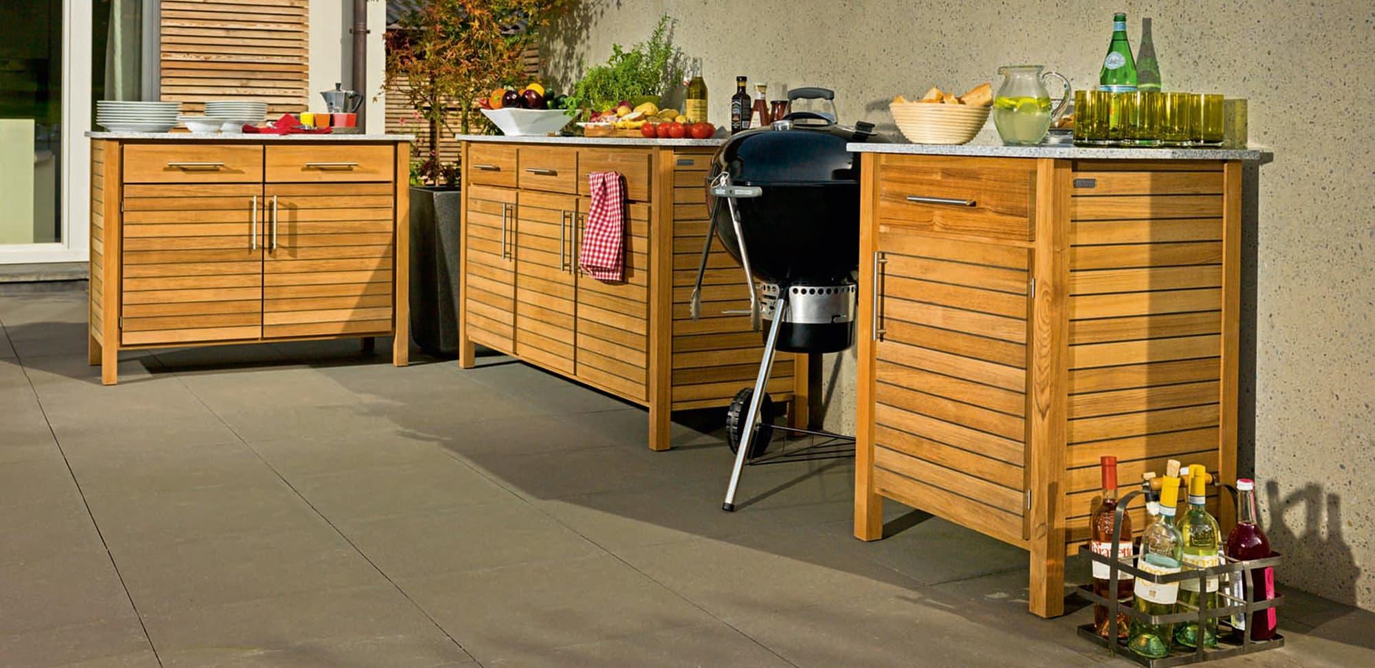 mit der outdoor k che unter freiem himmel feiern. Black Bedroom Furniture Sets. Home Design Ideas