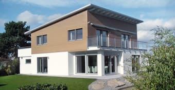 Modernes Haus im Bauhaus-Stil