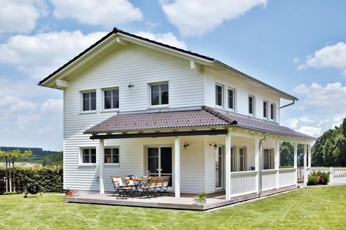 Hier bestehen keine Zweifel: Die Besitzer dieses mitten in Bayern stehenden Anwesens sind passionierte USA-Fans.