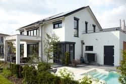 STREIF Einfamilienhaus mit Garten und Pool