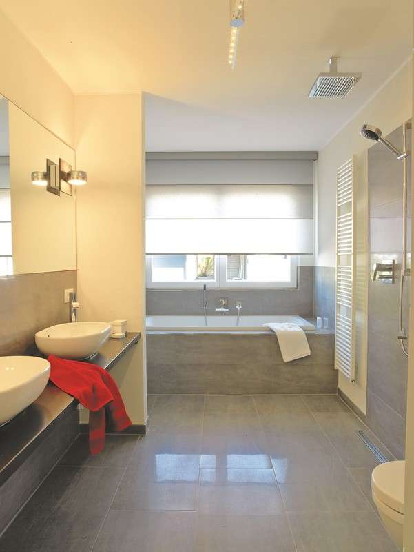 Das moderne Badezimmer lässt keine Wünsche offen